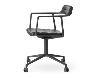 Vipp 452 Swivel chair w/ castors Black aluminium Black leather