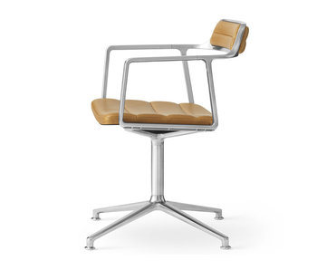 Vipp 452 Swivel chair w/ gliders Polished aluminium Sand leather