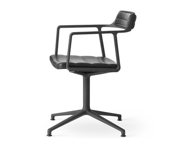 Vipp 452 Swivel chair w/ gliders Black aluminium Black leather