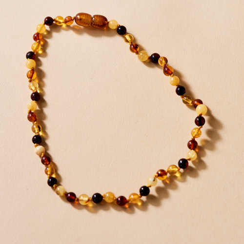 Moonsisters Amber Necklace - Honey Bean 32 cm