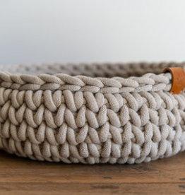 Sunny Baskets Sunny Baskets  handgehaakte kattenmand - Beige M