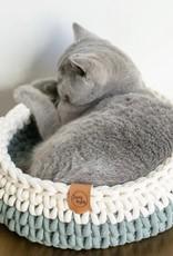 Sunny Baskets Sunny Baskets Handgehaakte kattenmand - Two-tone groengrijs  en naturel M