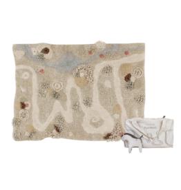 Lorena Canals Speeltapijt Path of Nature (incl. knuffel) - wasbaar 120 x 160 cm