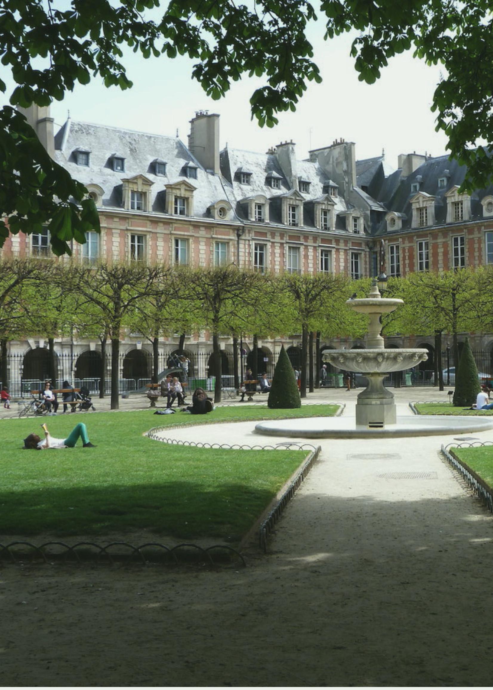 Kerzon Kerzon - Place des Vosges - Scented Candle 190 gr
