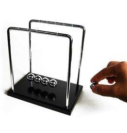 Gadget Dojo Deluxe Giant Newton's Cradle - Holz Standard
