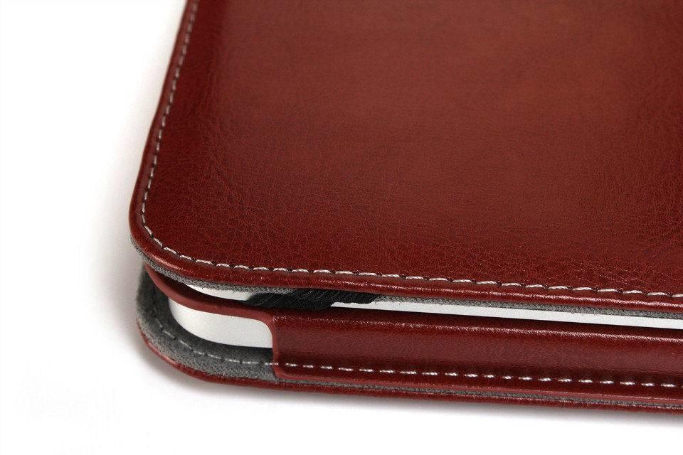 Leather Slim Sleeve MacBook Air 11 inch Bruin