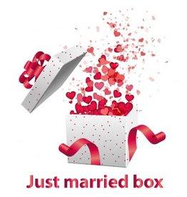 White label Just Married Box - das Original-Hochzeitsgeschenk