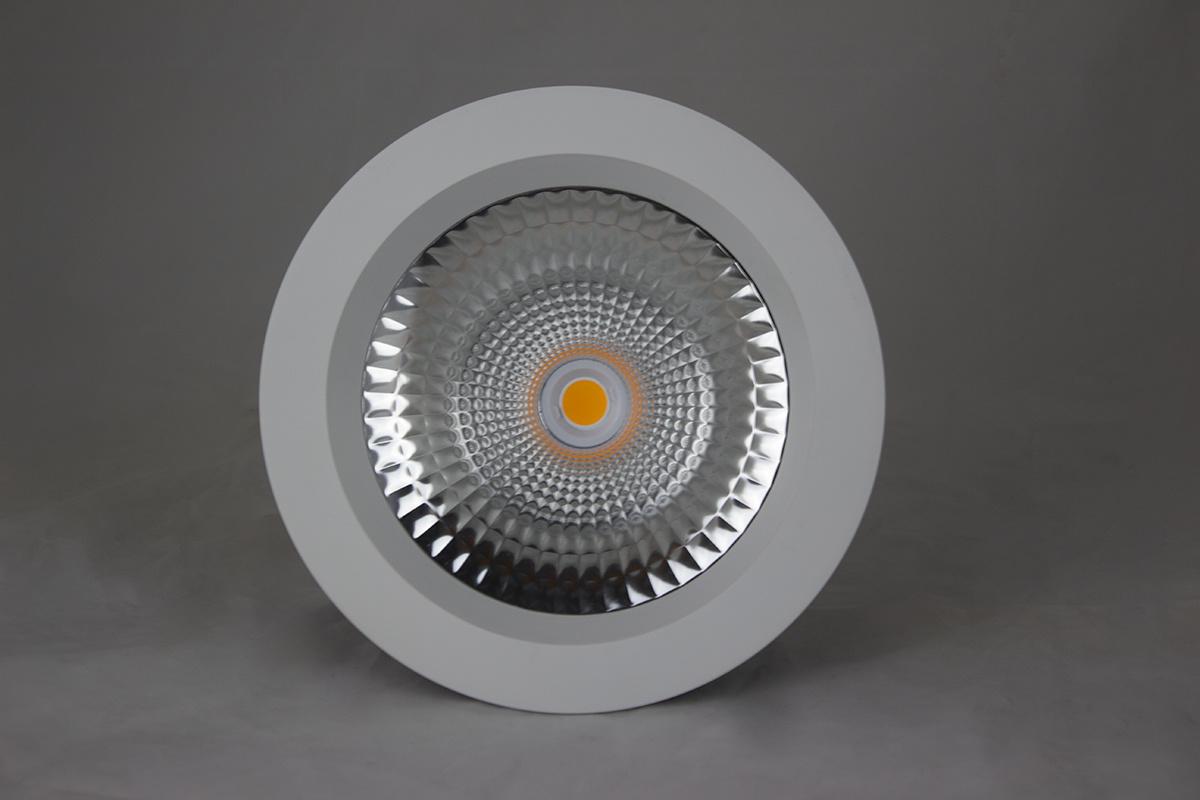 Downlighter LED 15W, 3000K, TUV, gatmaat 200-220