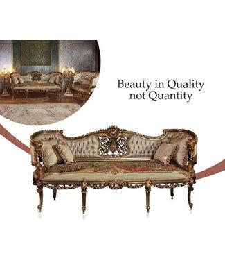 Wafaa Okka  Salon: Sofa en twee stoelen