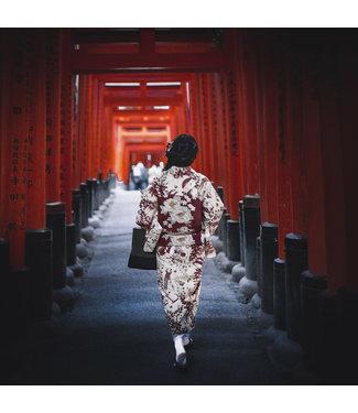 Wandkraft  Glass print woman in kimono rising sun