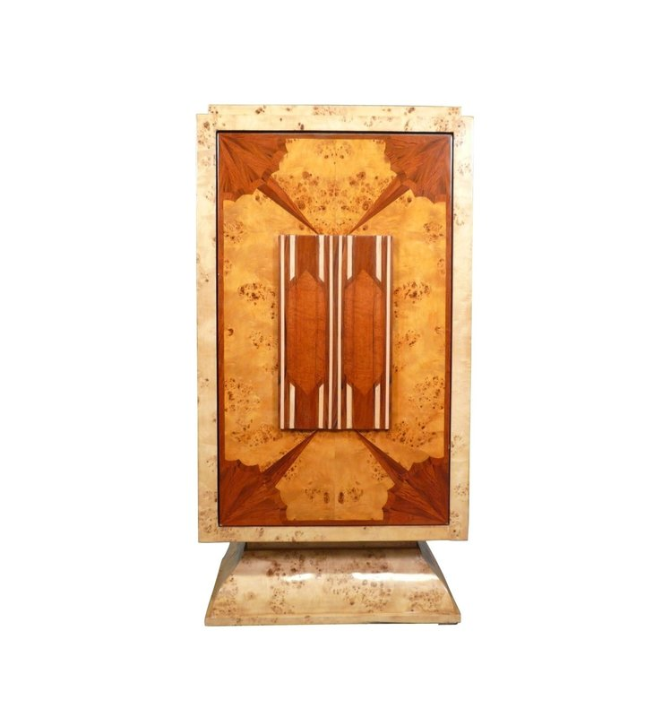 LC BAR ART DECO WITH A SWING DOOR