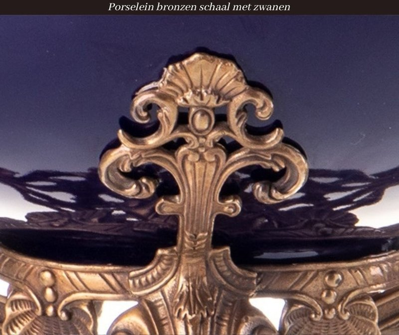 Decotrends  Porseleinen bronzen schaal met zwanen