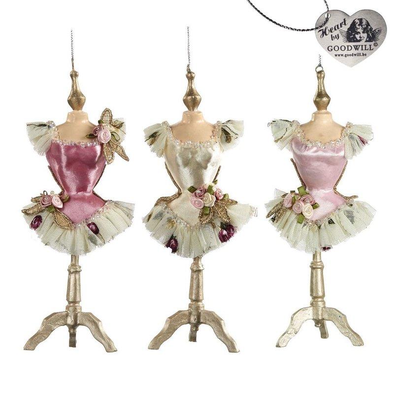 Good Will    Ballerina   Mannequin