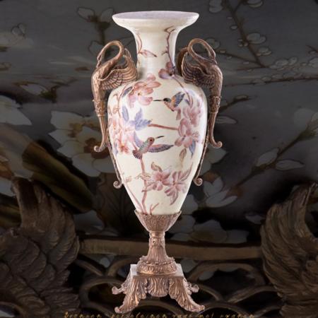 Decotrends  Vase en porcelaine de bronze avec des cygnes
