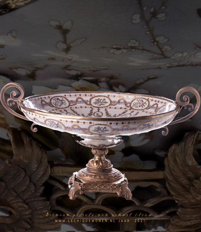 Decotrends  Porcelain bronze bowl with flower motif