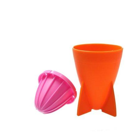 Present Time Present Time Citruspers – Sinaasappel Pers 18cm – Juicer Rocket – Matthias Zschlager Design – Sap maker – Oranje