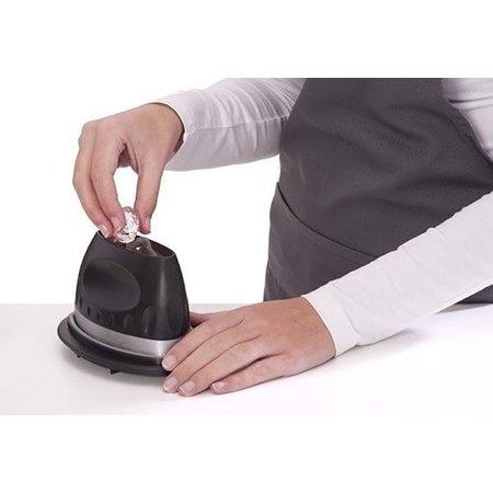 Banzaa Vet Magneet voor Verwijderen van Vet Tijdens Koken – 16x10x11 cm – Zwart / Zilver | Verwijder Ronddrijvend Vet | Vetmagneet | Koken | Kook Accessoires