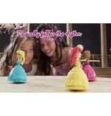 Disney Princess Emma de Dansende Prinses Speelgoedpop met Blauwe jurk – 18x10x2cm | Pop met Dansmodus en Leermodus | Pop die Danst op de maat van de Muziek