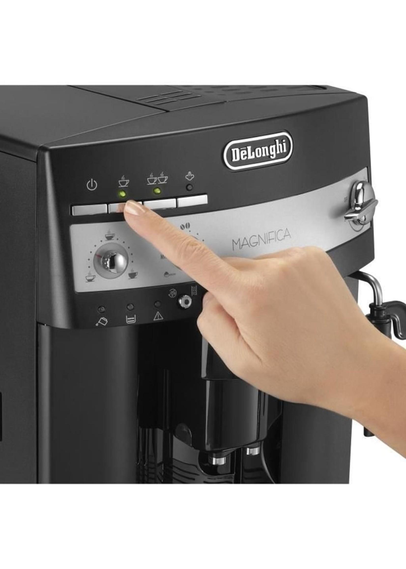 DeLonghi DeLonghi ESAM 3000.B Espressomachine Zwart