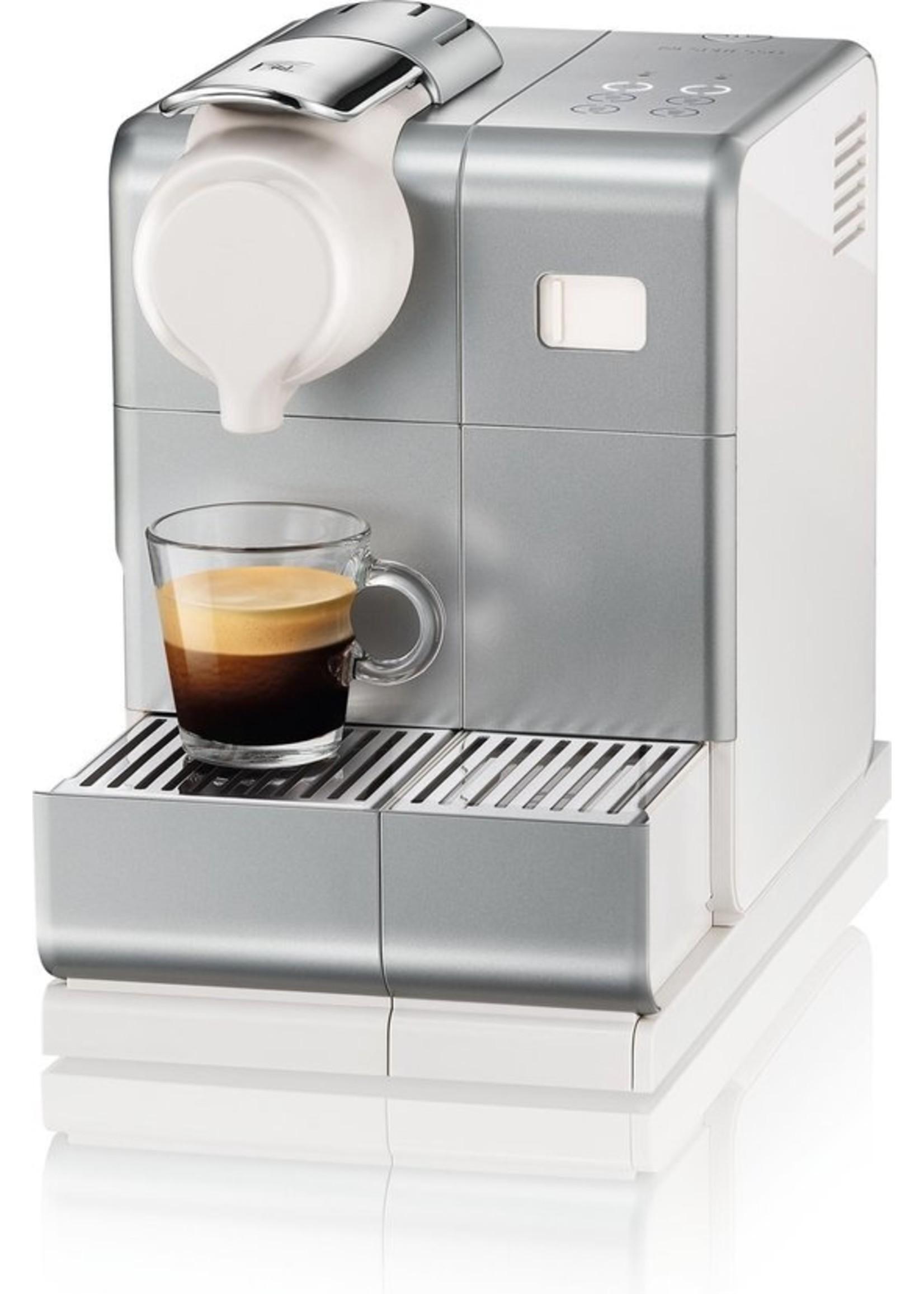 Nespresso Nespresso De'Longhi Lattissima Touch EN560.S Koffiecupmachine Zilver