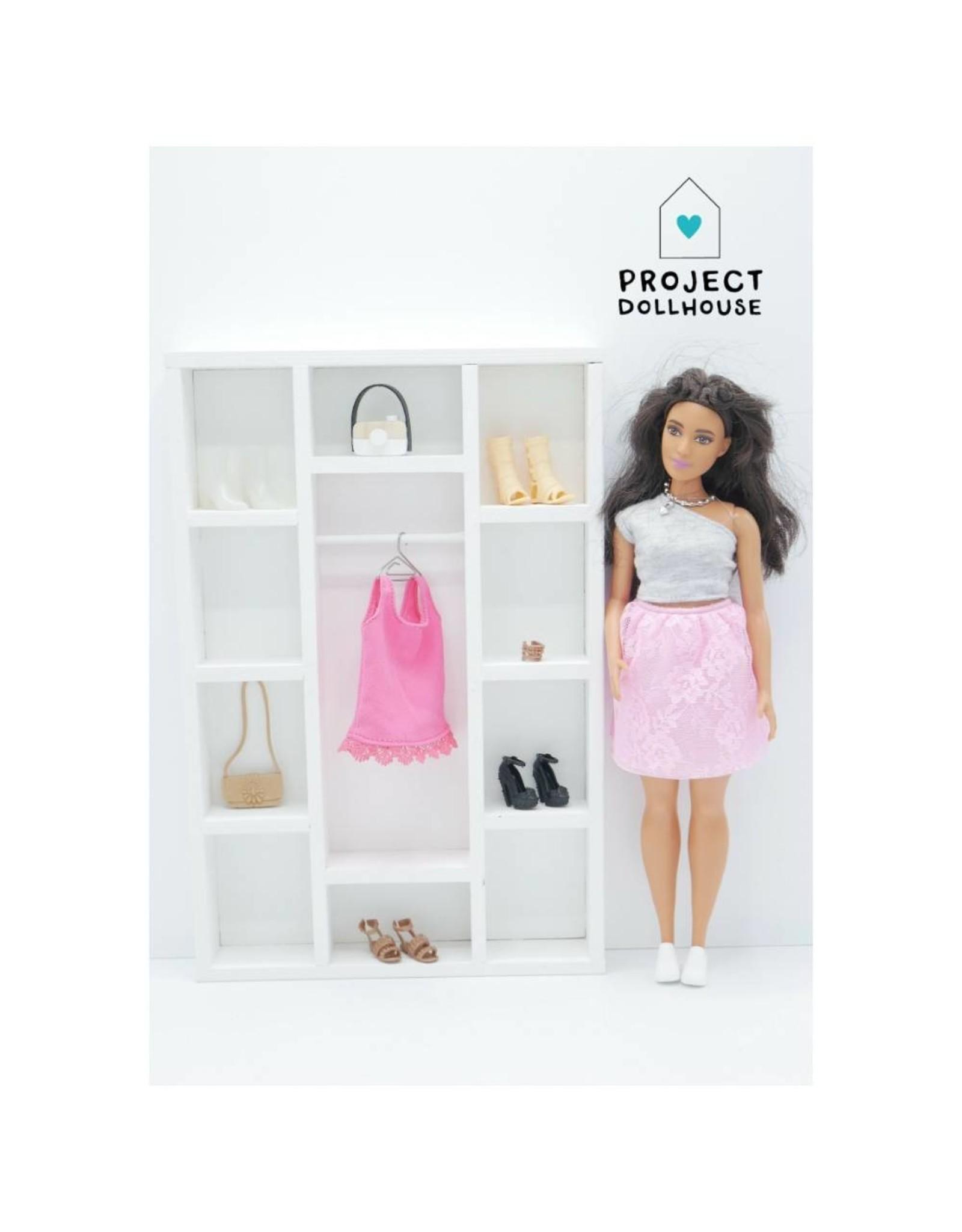 Project Dollhouse Kledingkast Barbie