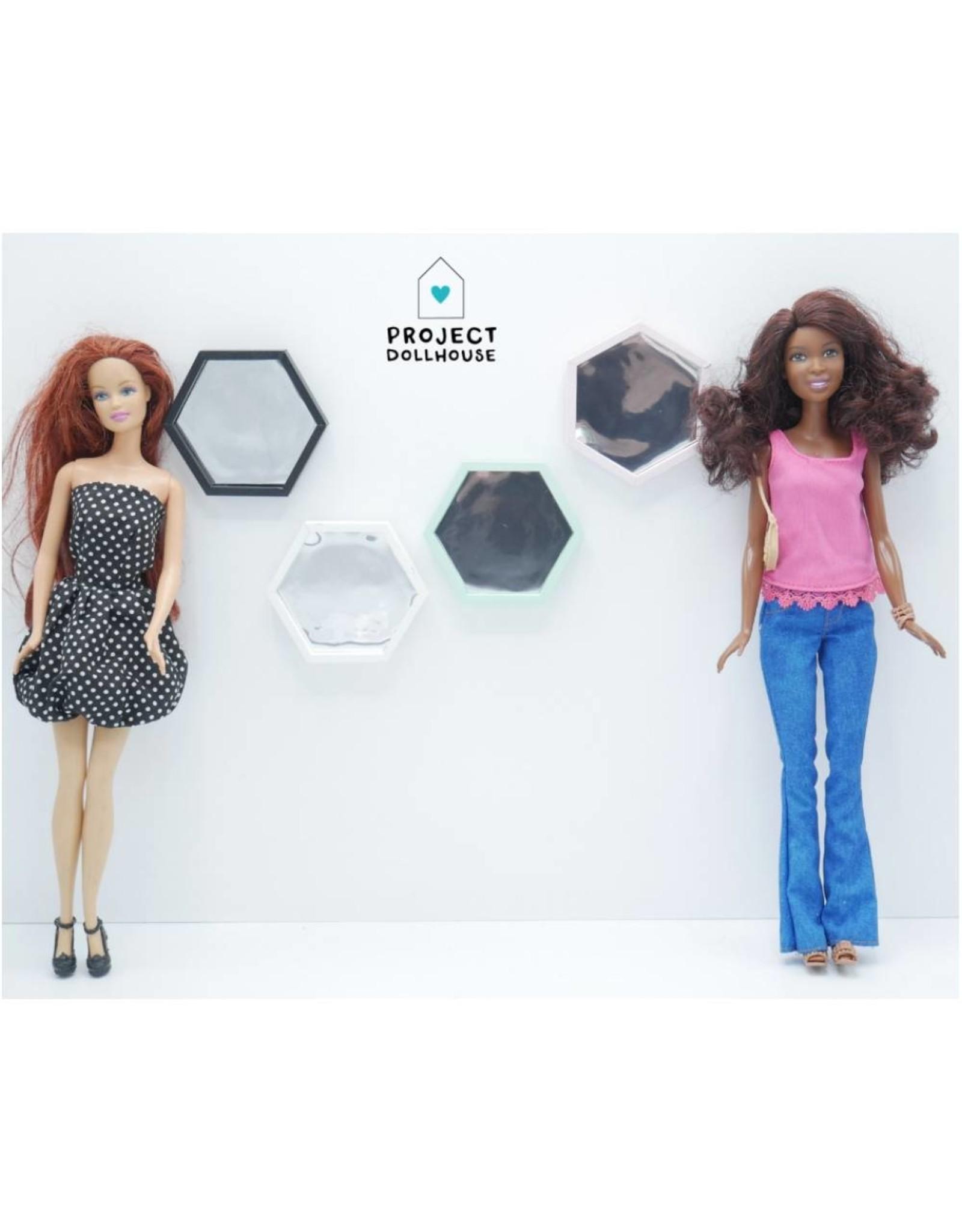 Project Dollhouse Hexagon Spiegel Barbie