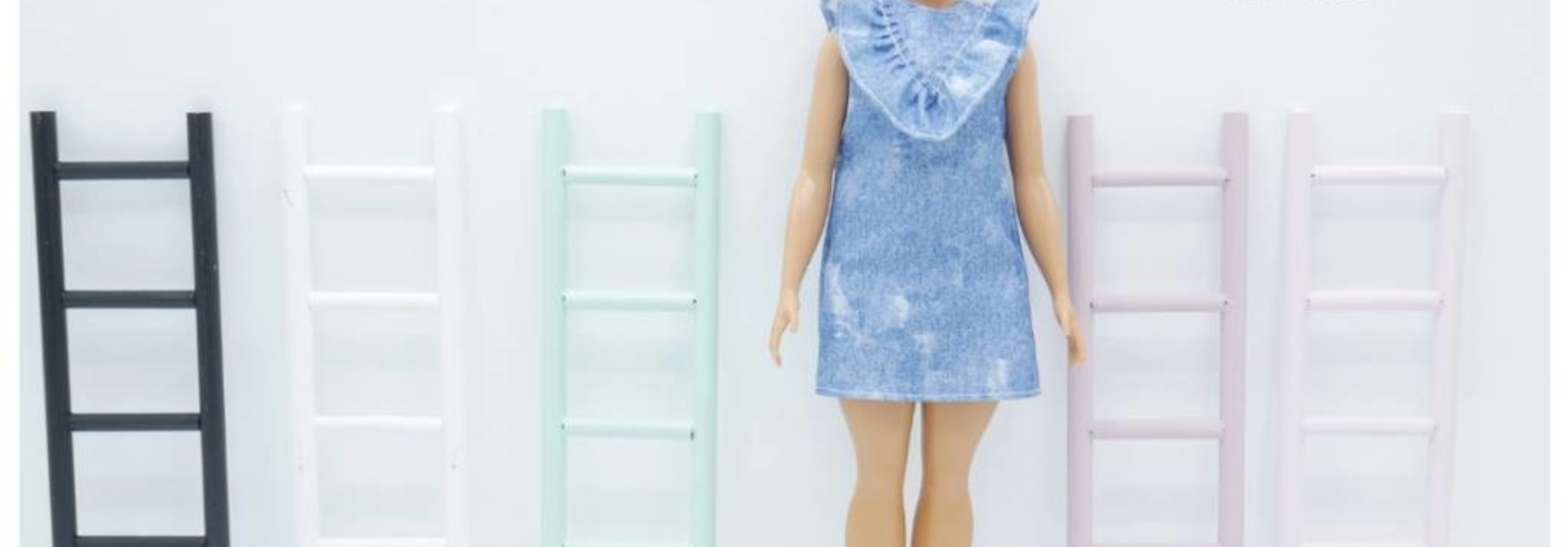 Decoration Ladder Barbie