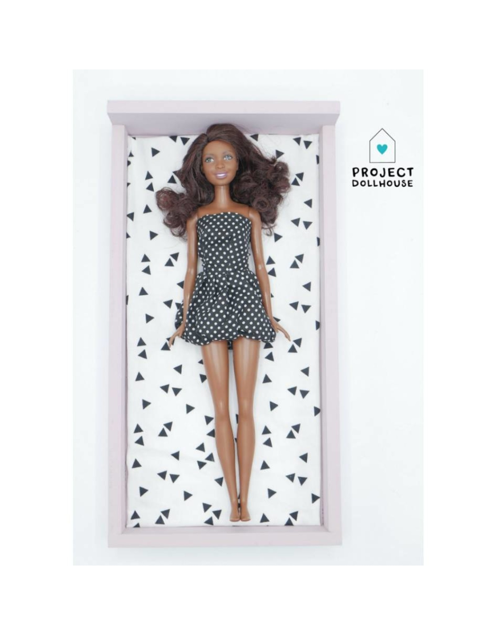 Project Dollhouse Bed Oud Roze Barbie