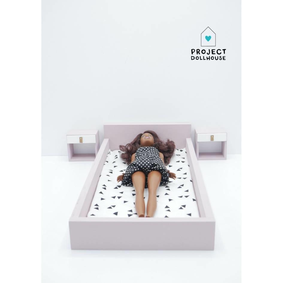 Bed Oud Roze Barbie-2