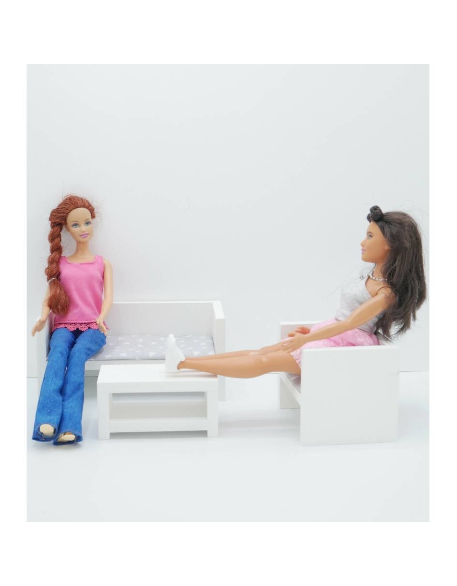 Project Dollhouse Barbie Lounge White