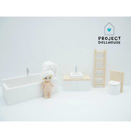 Project Dollhouse Wooden bathroom