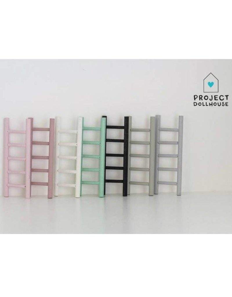 Project Dollhouse Decoratie Ladder