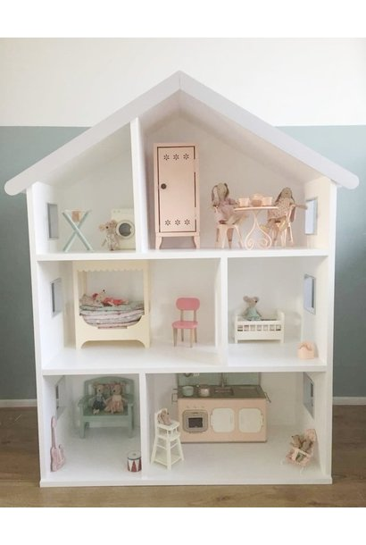 Maileg dollhouse with grey details