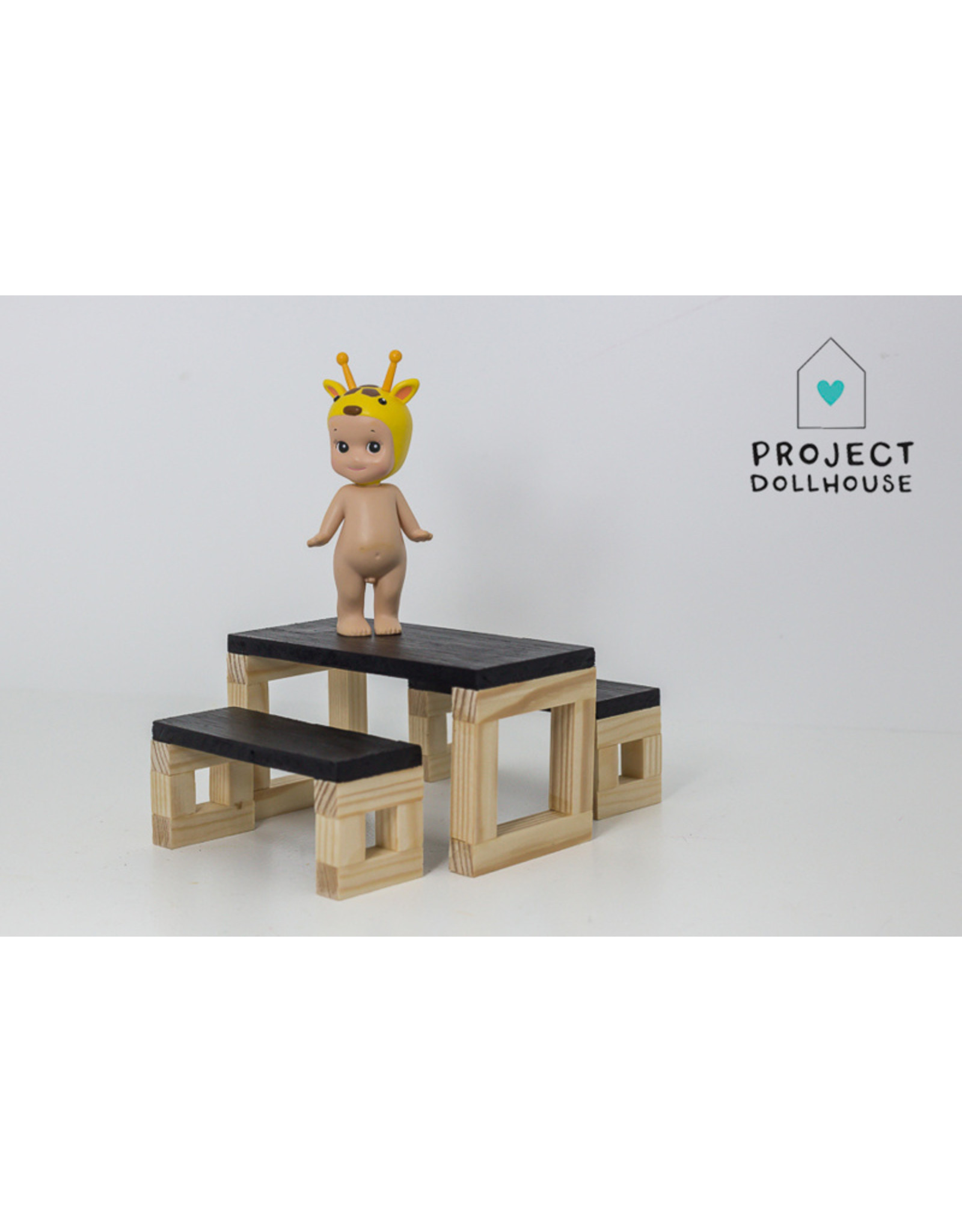 Project Dollhouse Moderne eettafel set houten onderstel