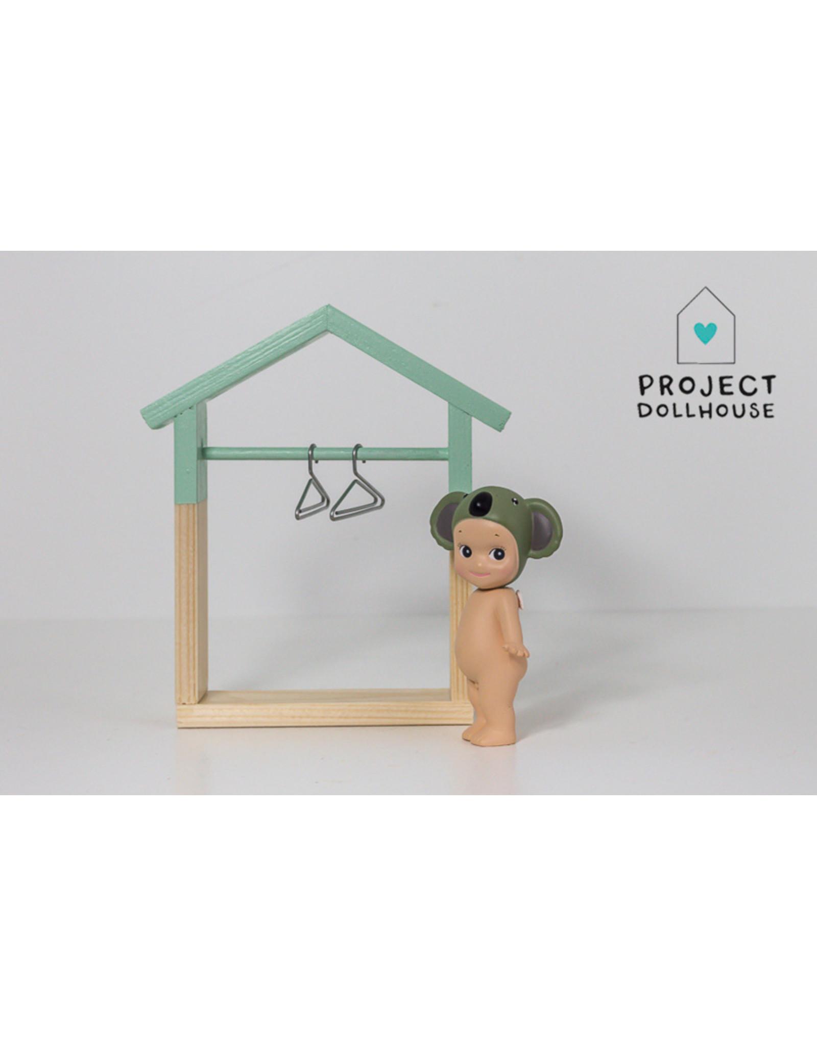 Project Dollhouse Kledingkast Huisje