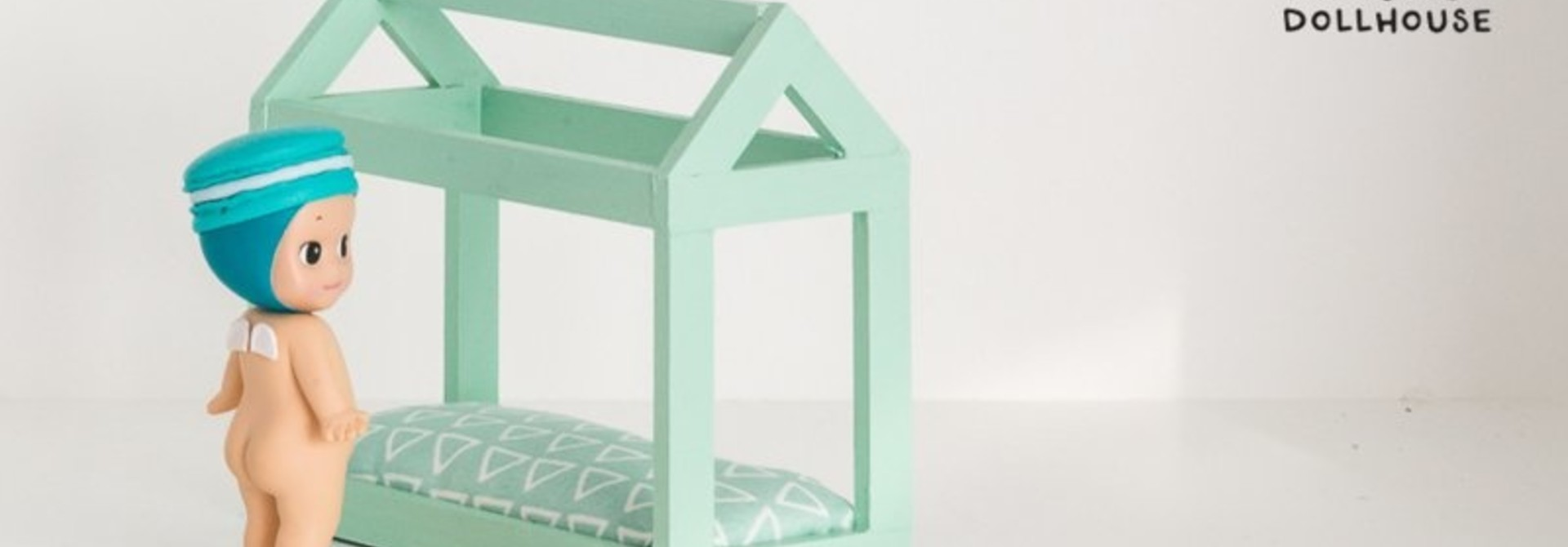 House shaped bed mint green