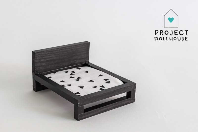Double bed black-1