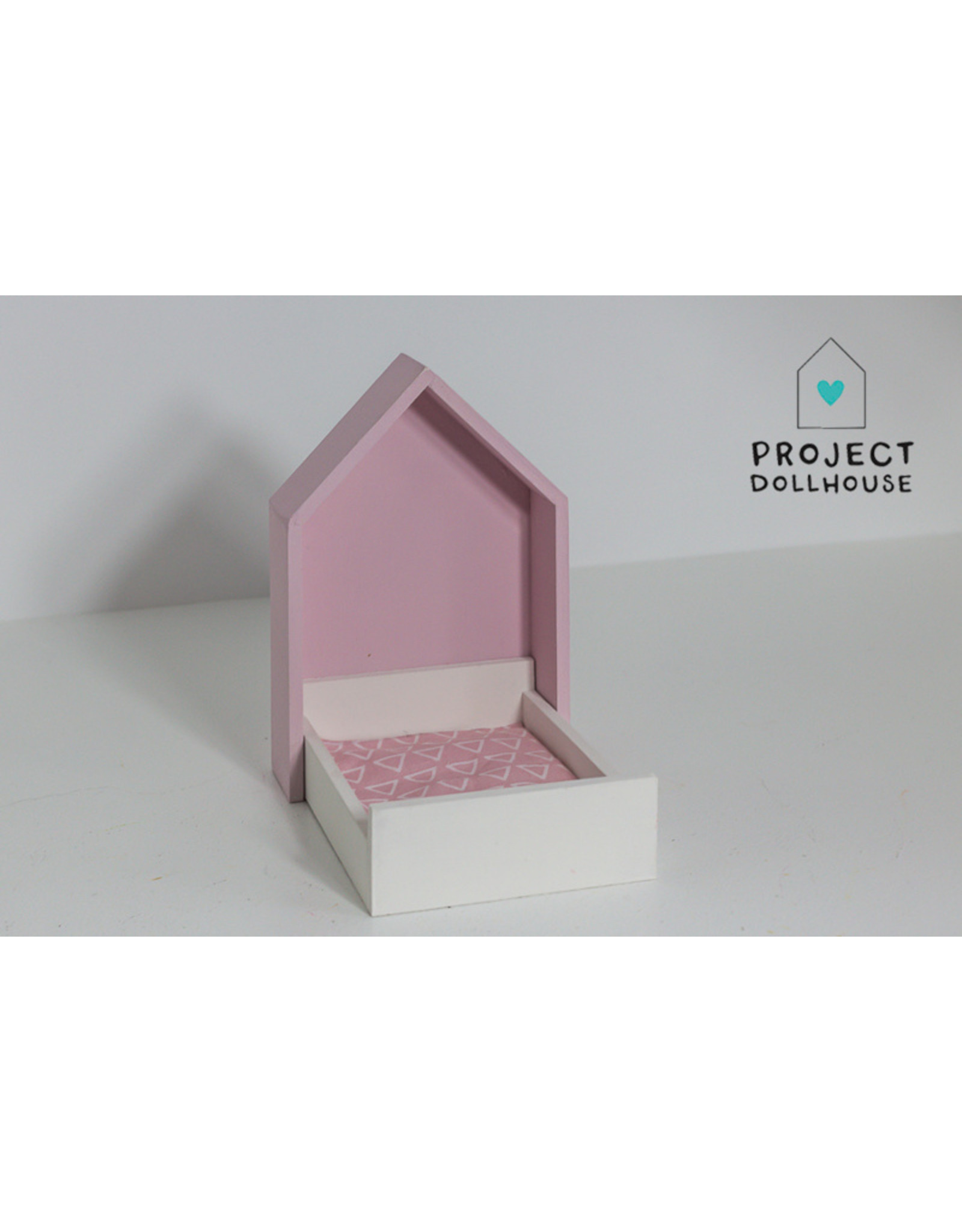 Project Dollhouse House Frame bed pastelpink