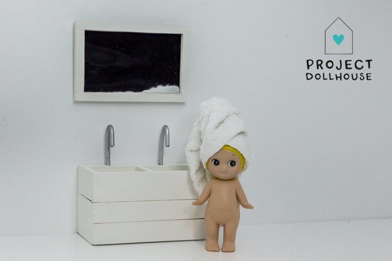 Bathroom mirror white-3