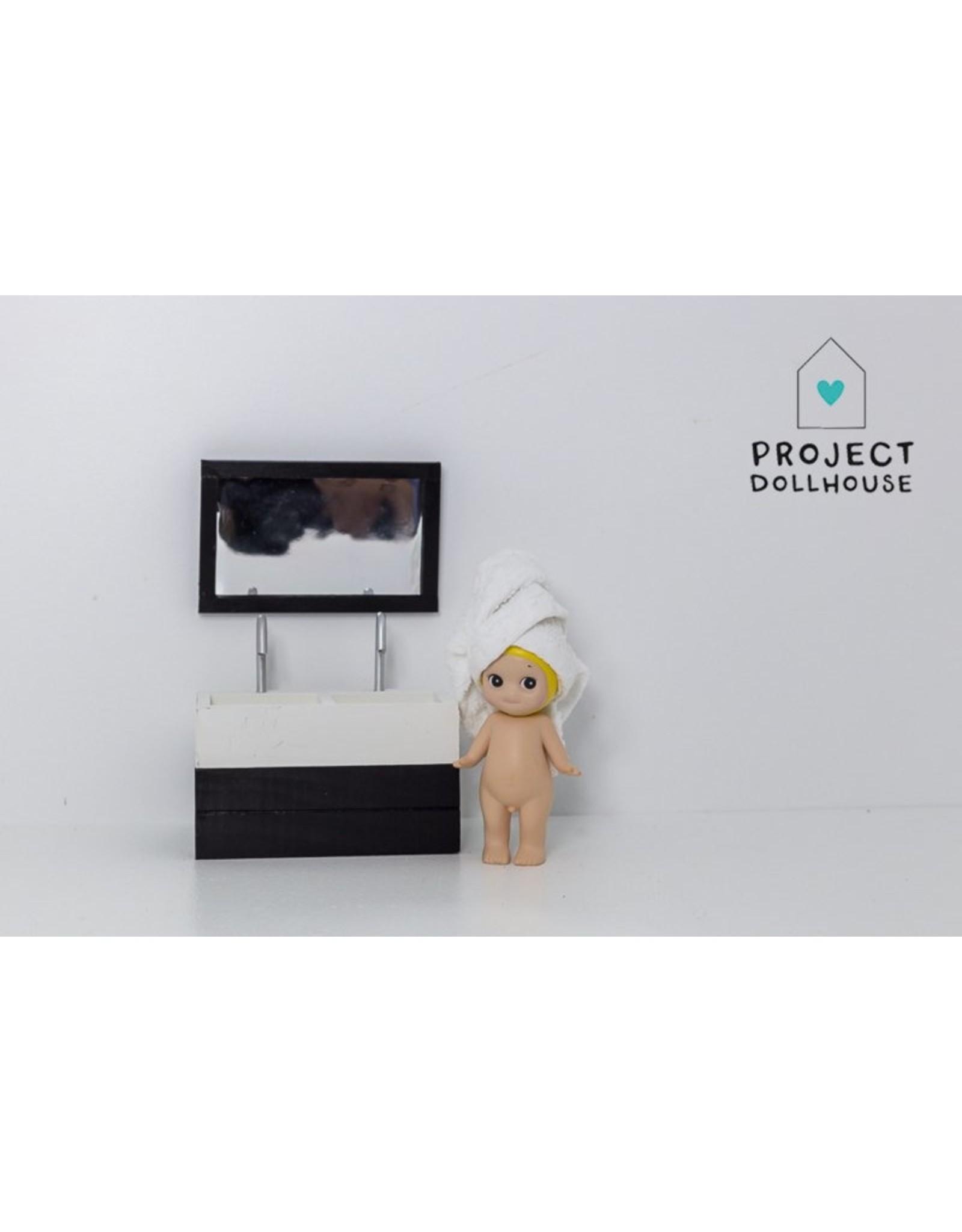 Project Dollhouse Bathroom mirror Black