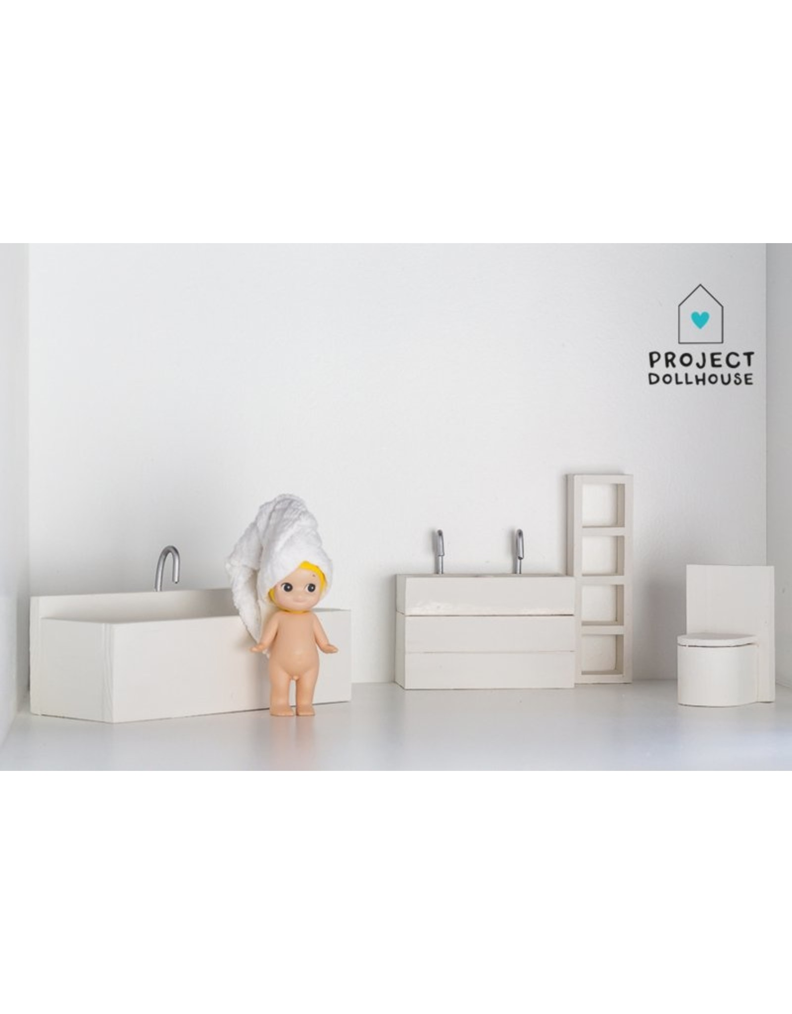 Project Dollhouse Bathroom White