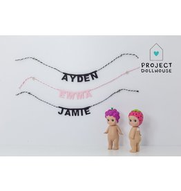Project Dollhouse Persoonlijke Naamslinger
