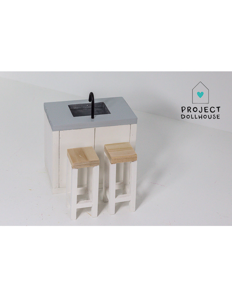 Project Dollhouse Modern Dining Table with Four Chairs