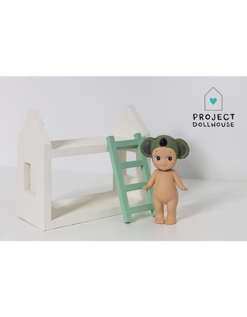 Project Dollhouse House shaped bunk bed