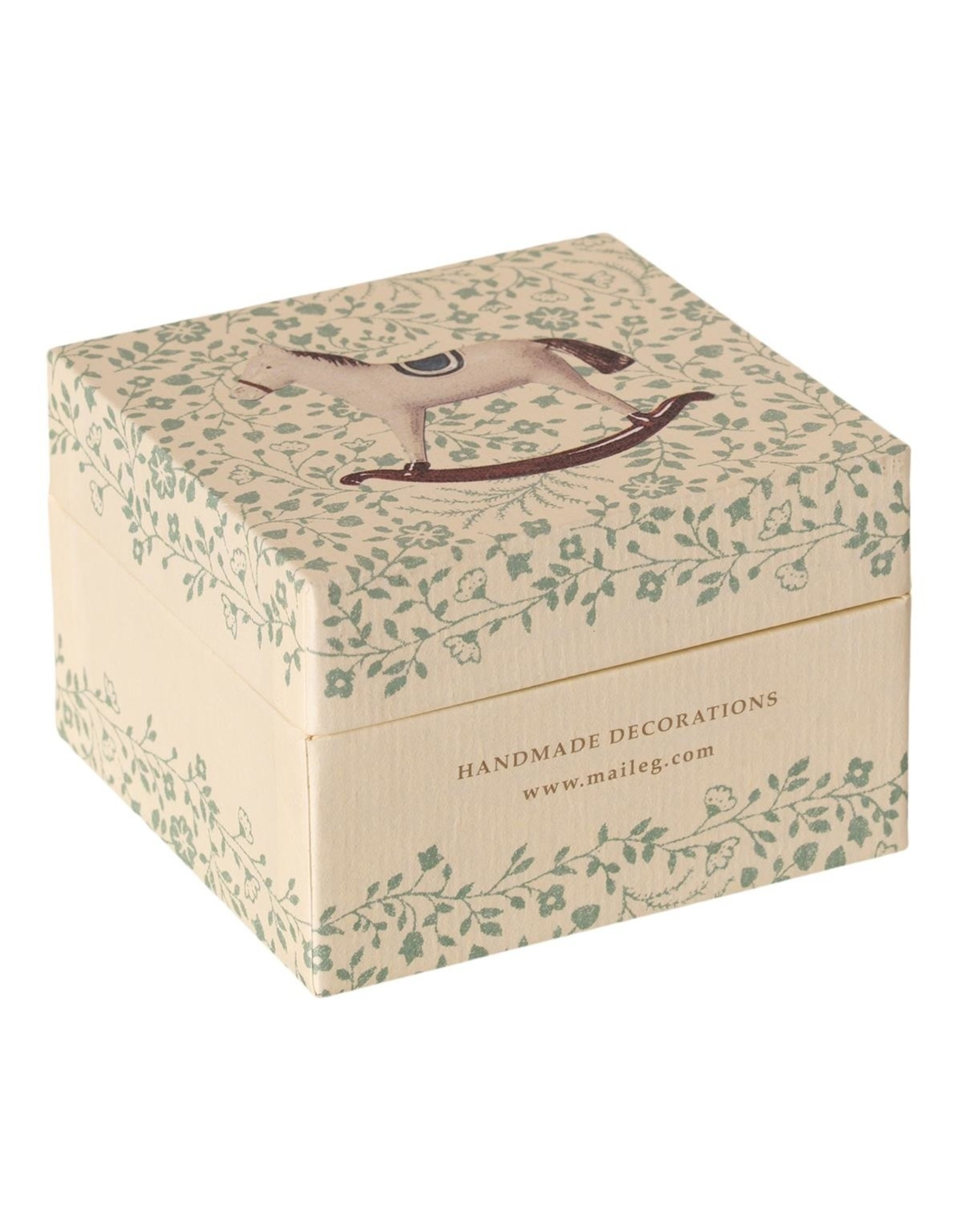 Maileg Gift box with Christmas decoration Classic
