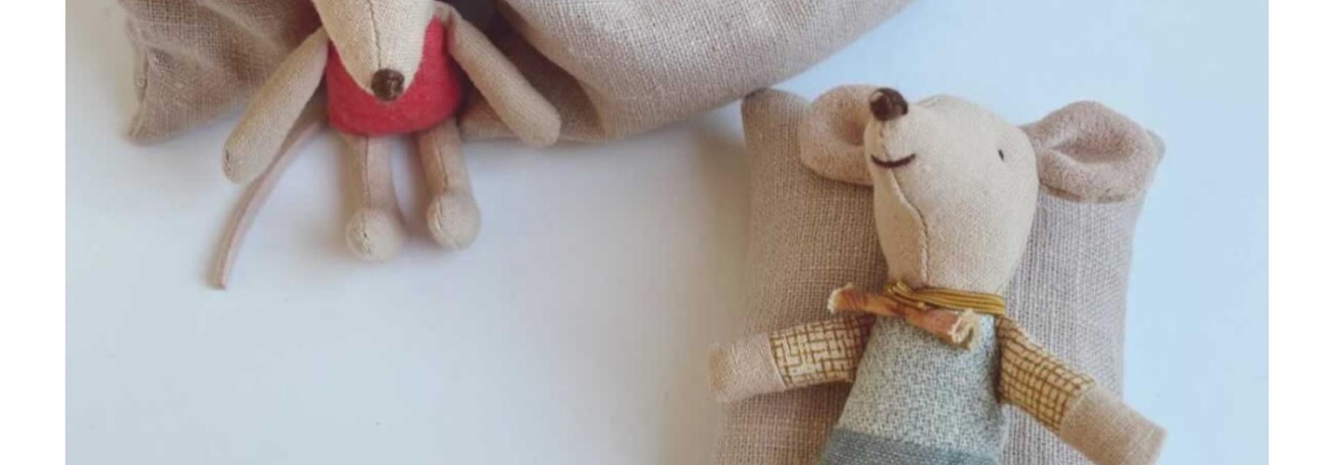 Beanbag Dollhouse - Sand