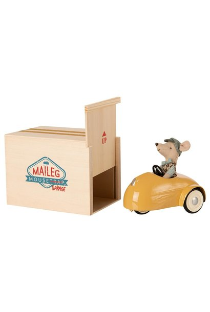 Little Brother Mouse in Car with Garage - Yellow