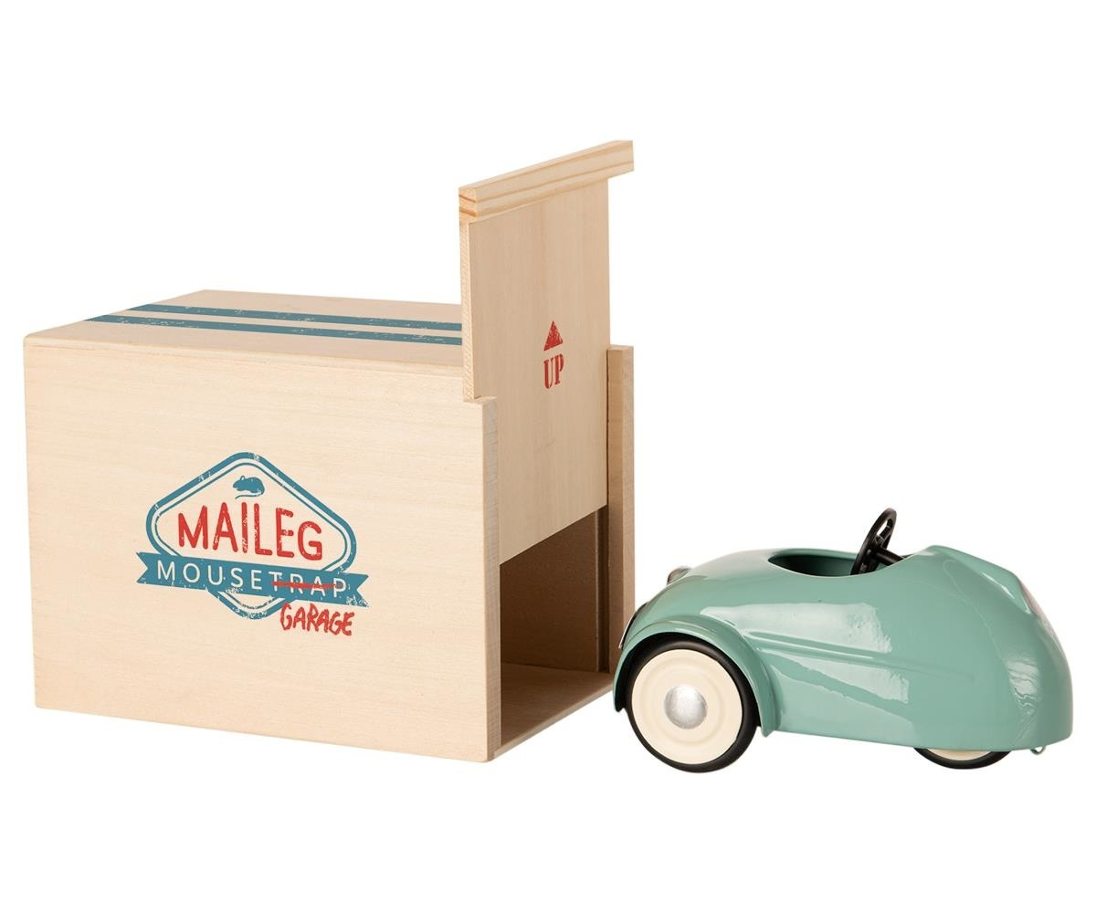 Little Brother Mouse in Car with Garage - Blue-4