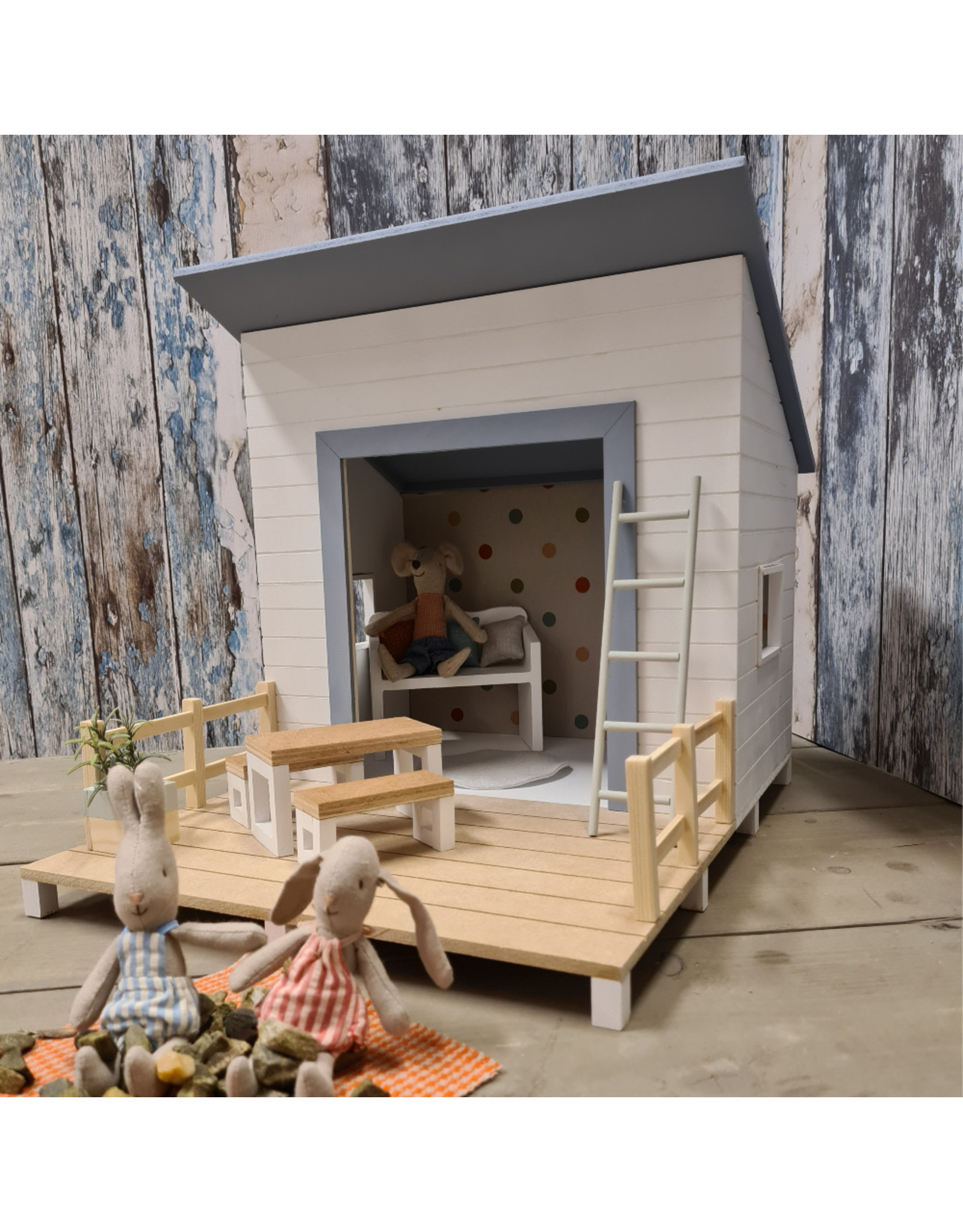 Project Dollhouse Strand Huisje Blurry Blue