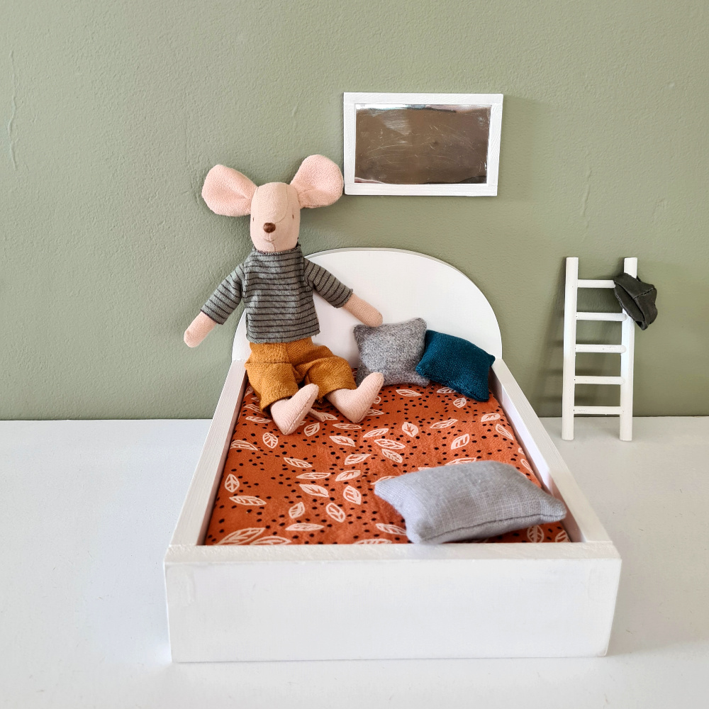 Bed for Maileg Mouses Big - White-3